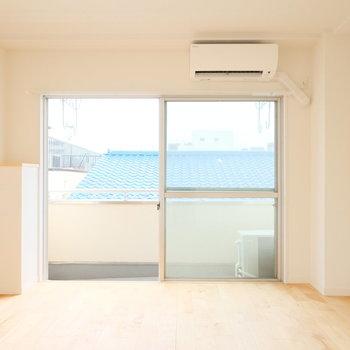 明るい無垢床で、お部屋も明るい印象に!