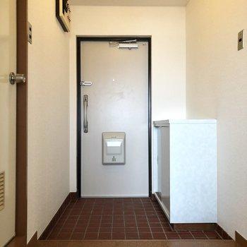 ちょっと広い玄関。