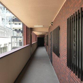 外廊下になってます
