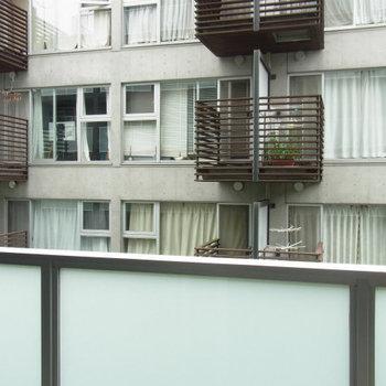 ちょっと眺望が残念なんです※2階の同間取り別部屋のものです