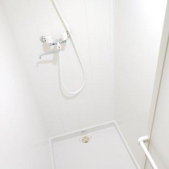 シャワールームはゆったりとしてます!!