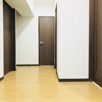 玄関ホール、ほんとゆったり〜。
