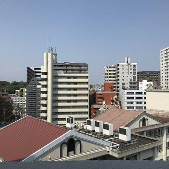 眺望はさすがの都会!マンションたくさん!
