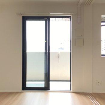 ふたつ繋がったお部屋は間仕切りもできます。