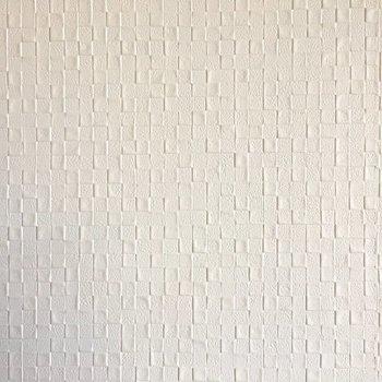 壁紙は凹凸がついてて素敵。(※写真は11階の別部屋のものです)