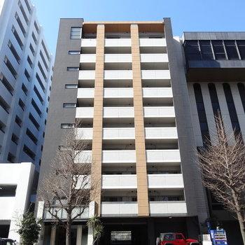 筑紫通沿いのスタイリッシュなマンションです!