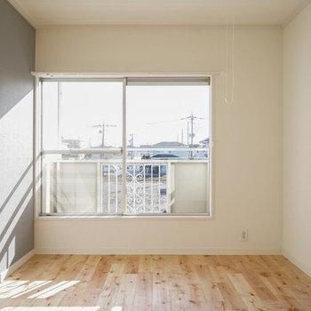※写真はイメージ※玄関横の居室も窓付きで明るそう◎