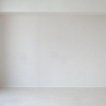 ほんのり桜色の壁が女子力を上げてくれそう。※写真は別室です