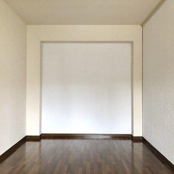 【洋室6.7帖】真っ白〜キャンパスみたい◎ ※写真は一部通電前のものです