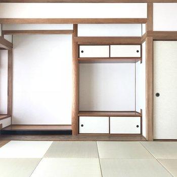 琉球畳の匂いが落ち着くな。あ、琉球畳ですよ!