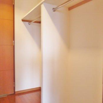 お洒落さんには欠かせないWIC※写真は類似間取り別部屋のものです。