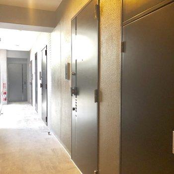 モニターあります。※写真は2階の同間取り別部屋です。