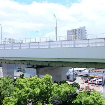 見晴らしが良い〜!しかし名古屋高速…
