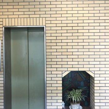エレベーターの部分はなんだかちょっと可愛い。
