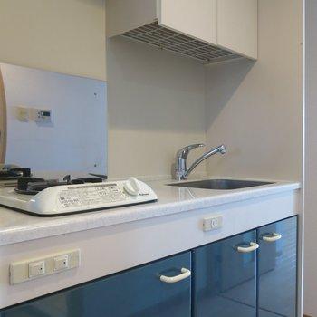シュッとしたキッチン※写真は同間取り別部屋のものです。