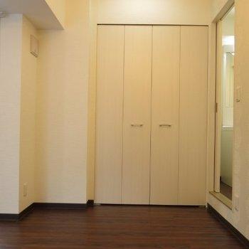 収納はこれくらい※写真は同間取り別部屋のものです。