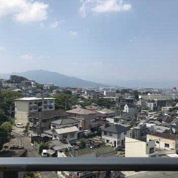 7階からは小笹の街並みがキレイに見えて気持ちがいいな〜。