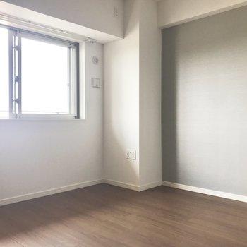 薄いグレーカラーが素敵でしょ♪ 北欧家具が似合いそう〜。