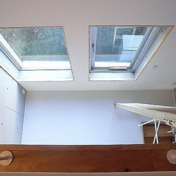 ロフトからの眺め。※一部反転同間取り別部屋の写真です