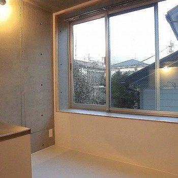 2階キッチン側から。※一部反転同間取り別部屋の写真です