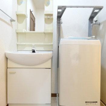 洗面台はしっかりサイズです!※写真は別室です