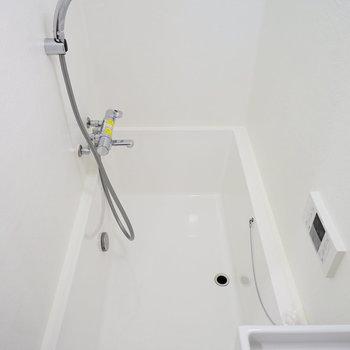 縦長のお風呂は機能的。※前回募集時の写真です