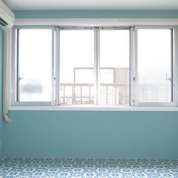 建具は古くとも窓が多いのはいいですね!