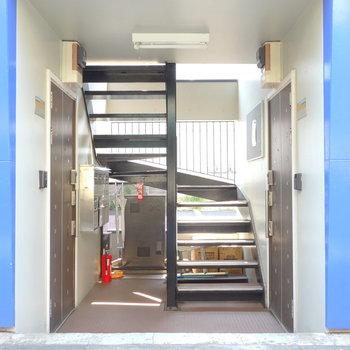 お部屋まで階段です。頑張りましょ◎