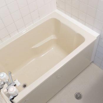浴室は1人暮らし用としては十分◎