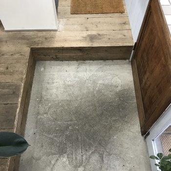 玄関タタキ