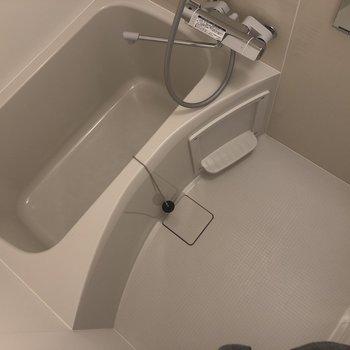 お風呂もピカピカ〜◎※写真は3階の反転間取り別部屋のものです。