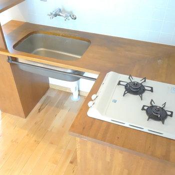 まずはコンロ。L字の調理スペースがgoodですね。 ※ ※写真は前回募集時のものです