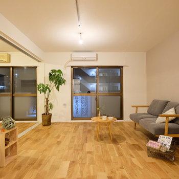 家具がよく似合う無垢床のお部屋!