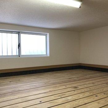なななんとひろーい床下収納!スノコ敷になってます。