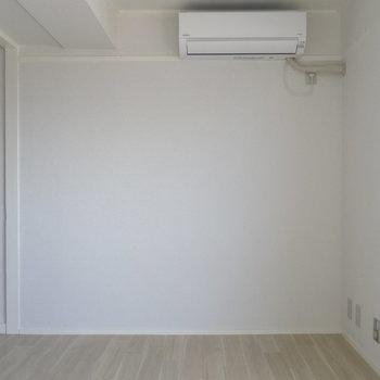 エアコンはリビングと寝室にも◎