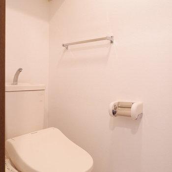 トイレは完全にわけられています。