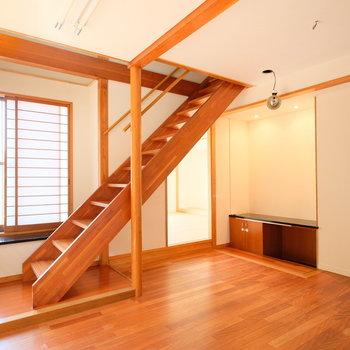 階段も木製
