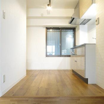 キッチンの後ろのスペースも広めでいいですね!