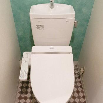 トイレの中も可愛くね!