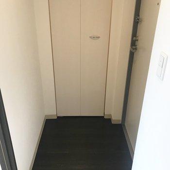 玄関はベストサイズ!※同間取り別部屋です