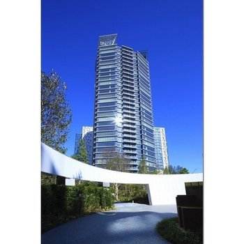 コンフォリア新宿イーストサイドタワー