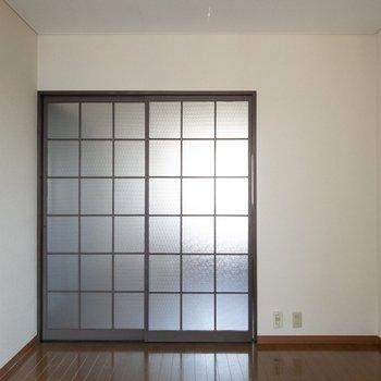 【洋室6.0帖】冬はコタツを置くのも良さそうです。