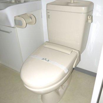 アメセパタイプのトイレ!※写真は同間取り別部屋のものです。