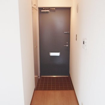 玄関のタイルが可愛いです※写真は同間取りの10階のお部屋