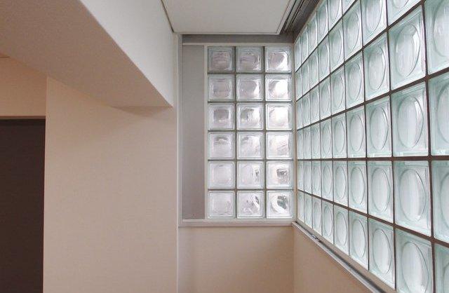 ふたつの窓、やさしい光。のお部屋