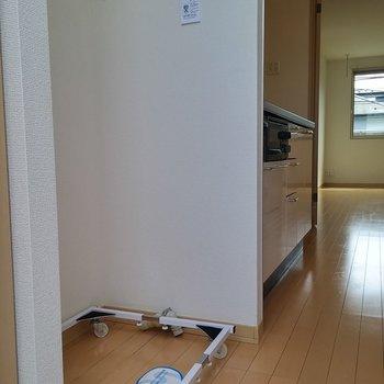 玄関入ってすぐのところに。※写真は2階の同じ間取りの別部屋です。