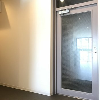 玄関は土間スペースが広いんです!