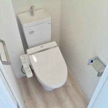 トイレ。きちんと個室なのが嬉しいなぁ