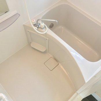 浴室乾燥機・追焚付きで便利!