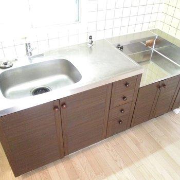 【DK】キッチンも広いので料理しやすいです。 ※写真は前回募集時のものです